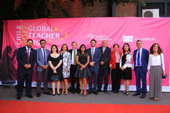 Rector de la UMCE participa en premiación del Global Teacher Prize Chile 2017